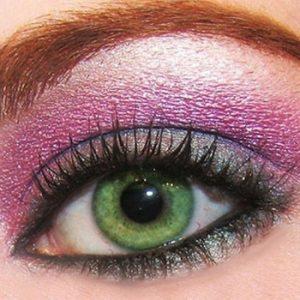 Maquillar ojos verdes