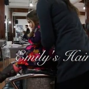 El cabello de Emily: La pequeña que donó su cabello para los niños con cancer